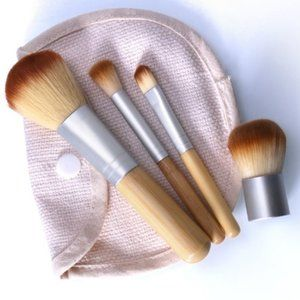 🇺🇸 3/$30 4 Piece Bamboo Make Up Brush Set